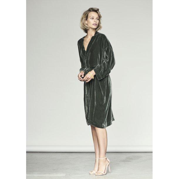 Anita Thyme Silk Velvet