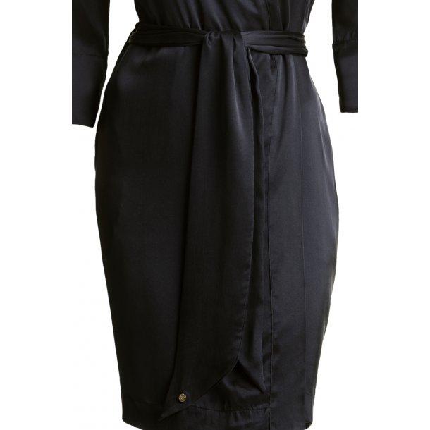 Louise Black Sandwashed Silk