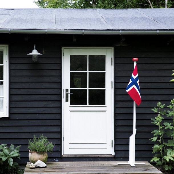Liten hvit flaggstang med flagg - 180cm