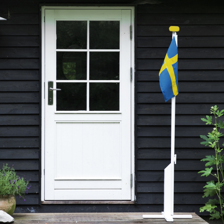 svensk flagga flaggstång